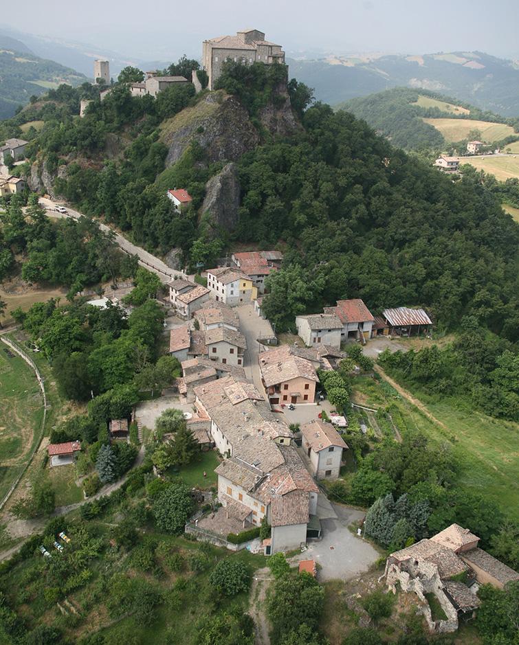 Borgo di Rossena, Binini Partners, Società di architettura e ingegneria